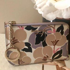 🎀Kate Spade ♠️ Breezy Floral L-Zip Card Holder